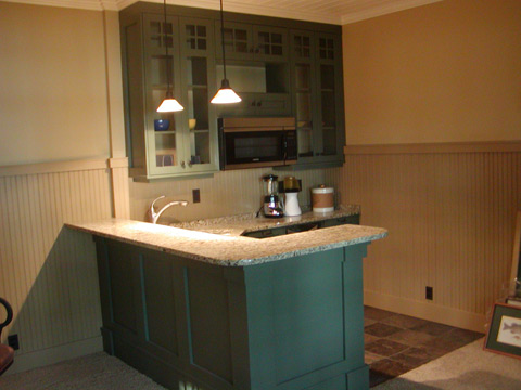 guest house wet bar.jpg